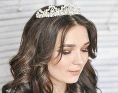 Bridal hair tiara. Wedding crown. Freshwater Pearl Crystal Hair Combwedding hair piece bridal hair vine bridal hair comb bridal jewelry