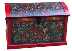 Rosemaling...so much work and so beautiful my mama ca do this, she is amazing!!!