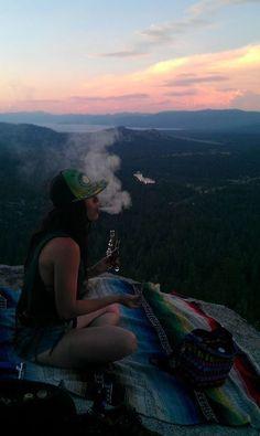 cannabis Lord Vaper Pens - Best Custom Vaporizers for Herbs, Wax & e-Juice Girl Smoking, Smoking Weed, Fille Gangsta, Psy Art, Puff And Pass, Stoner Girl, Ganja, Image Hd, Stoner Humor