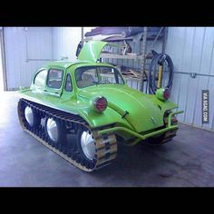 Funny pictures about The new Volkswagen Panzer. Oh, and cool pics about The new Volkswagen Panzer. Also, The new Volkswagen Panzer. Volkswagen Jetta, Volkswagen Models, Weird Cars, Cool Cars, Strange Cars, Carros Vw, Vw Caravan, Combi Wv, Hors Route