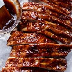 Slow Cooker Barbecue Ribs are melt-in-your-mouth incredible! Let your slow cooker do all the work and come home to sticky, fall apart ribs! Slow Cooker Barbecue Ribs easy and absolutely DELICIOUS! Fall-off-the-bone tender ribs finished off Low Carb Slow Cooker, Crock Pot Slow Cooker, Crock Pot Cooking, Slow Cooker Ribs Recipe, Spare Ribs Slow Cooker, Cooking Bacon, Cooking Ribs In Crockpot, Slow Cooker Barbecue Ribs, Gastronomia