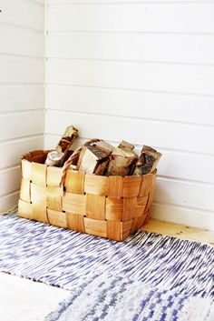 These indoor firewood storage ideas will help you pick the perfect rack for your firewood, keeping your home beautiful without leaving you broke. Birch Bark Crafts, Firewood Storage, House Design Photos, Home Decor Inspiration, Decoration, Sweet Home, Cottage, Indoor, Finland