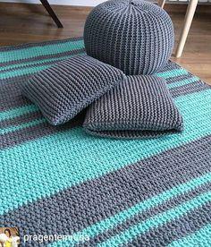 Zestaw gotowy, dywan, podusia i pufa 💪 👏 👌 ☺ Crochet Carpet, Crochet Home, Diy Crochet, Crochet Baby, Knit Rug, Crochet Rug Patterns, Modern Crochet, Diy Carpet, Knitting Stitches