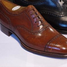 #vintage bespoke #bespoke #bespokeshoes nice example full brogue Oxford #HenryMaxwell vintage sample at #Fosterandson