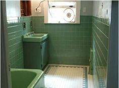Nice floor 1950s bathroom | ... tile retro bathroom, probably from the late 1950s or early 1960′s