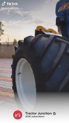 Tractor Pulling, New Holland Tractor, Tractors, Monster Trucks, Vehicles, Car, Vehicle, Tools