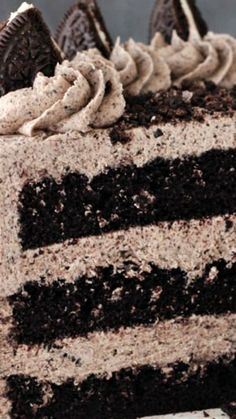 Chocolate Oreo Cake ~ This cake is to die for... A moist chocolate cake full of Oreo icing! And not just any Oreo icing – it is FULL of crushed up Oreos. An Oreo lover's dream.