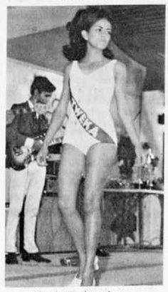 1969: Miss Aruba Election 1969, Srta. Marjorie Luijdens, Miss Tweka a bira prome Runner-Up. Timeline Photos, My Mom, Caribbean, History, Couples, Fotografia, Photos, Historia, Couple