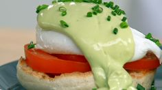 There are countless breakfast treats to enjoy in the morning. Anna shares three classic recipes that are sure to brighten any day. Recipes include Easy Cinnamon Twists, Classic Crumpets and Anna's English Muffin & Avocado Eggs Benedict. Avocado Eggs Benedict, Eggs Benedict Recipe, Food Network Tv Shows, Food Network Recipes, Cooking Recipes, Anna Olson, Avocado Breakfast, Breakfast Recipes, Breakfast Ideas