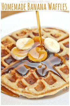 The perfect weekend brunch made at home, Homemade Banana Waffles from scratch! Waffle Maker Recipes, Pancake Recipes, Brunch Recipes, Dinner Recipes, Banana Recipes, Sweet Recipes, Crepes, Best Breakfast, Breakfast Pizza