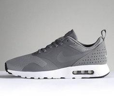 competitive price baae9 b374a Die 9 besten Bilder von Air Max Grau   Nike air max 90s, Nike boots ...