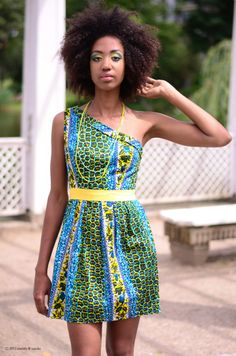 Striking #afro #naturalhairstyle  Loved By NenoNatural!
