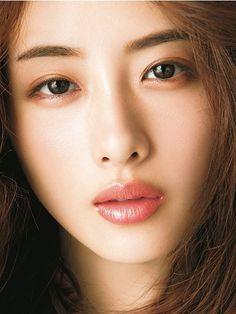 Top ten beautiful japanese women ( pics ) 10 « The Beauty Products Japanese Face, Japanese Makeup, Japanese Beauty, Asian Beauty, Natural Beauty, Make Up Tutorials, Everyday Makeup Tutorials, Korean Makeup Tutorials, Korean Eye Makeup