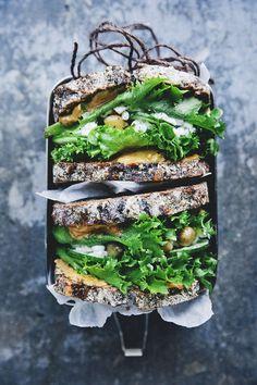 Green Peanut Butter Sandwich Smoothie