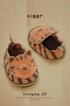 Crochet Baby Pattern Tiger Booties Newborn Slippers Preemie Socks Crochet Pattern Shoes Baby Moccasins Tiger Applique by Kittying