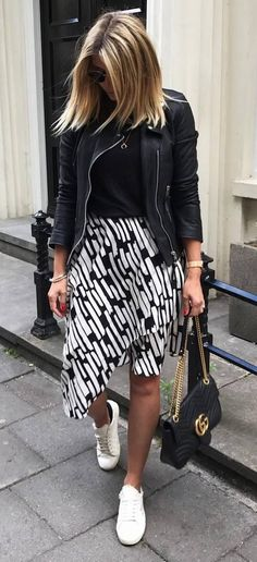 black and white outfit / biker jakcet + top + printed skirt + sneakers + bag