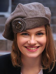 Unique  brown newsboy beret hat. Brown woolen fabric hat. Womens winter hat. Made in France, ready to ship.