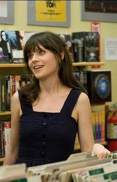 Simple navy eyelet dress in 500 Days of Summer