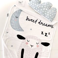 Prve prednarudzbe 15.10.2019. .... meka njezna... najnjeznija Sweet dreams kolekcija dekice i jastucica @solmari... Mama Blogger, Sweet Dreams, Baby Kids, Snoopy, Nursery, Character, Day Care, Baby Room, Kid Rooms