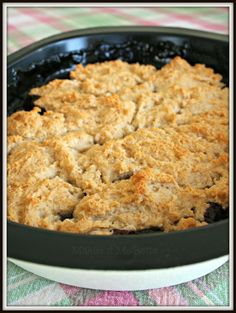 Makin' it Mo' Betta: Easy Blueberry-Pineapple Cobbler & Chinet GIVEAWAY!