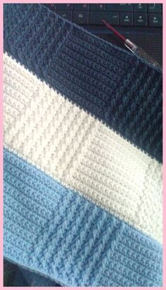 Crochet blanket pattern with square patterns - Knitting Patterns Free Baby Blanket Patterns, Poncho Knitting Patterns, Crochet Blanket Patterns, Crochet Baby Poncho, Knitted Baby Blankets, Knit Crochet, Diy Crafts Crochet, Square Patterns, Pictures Images