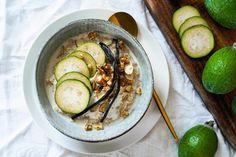 Feijoa Porridge Creative People, Cucumber, Rolls, Fruit, Vegetables, Cooking, Recipes, Food, Kitchen