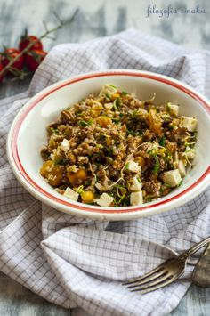 Pumpkin Buckwheat Salad with Jicama & Sunflower Sprouts Buckwheat Salad, Pumpkin Salad, Grain Foods, Healthy Salad Recipes, Healthy Meals, Rice Grain, Sprouts, Grains, Dinner