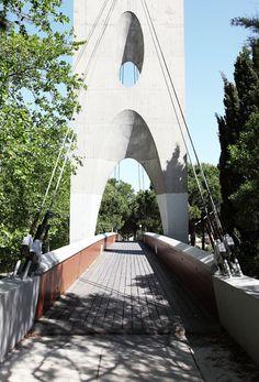 La Grande-Motte photographiée par Vincent Mercier George Washington Bridge, Brooklyn Bridge, Architecture, Provence, Montages, France, Travel, Spaces, Tourism