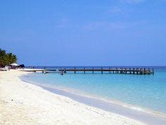 Honduras é um país situado na América central, banhado pelo Mar do Caribe. Uma das principais atrações de Honduras é a cidade de Copán, o maior sítio arqueológico da civilização Maia. Os preços diários com hospedagem, alimentação e turismo ficam em torno de 35 dólares por dia