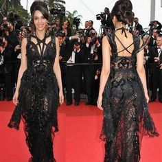 Fashion sense of Mallika Sherawat lies in tatters after her many dare-to-bare acts.