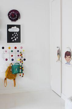 Perchero Bolas Madera colores Eames - CamaChic.com