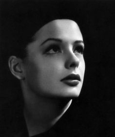 Jane Greer, the ultimate femme fatale in Out of the Past, one of the great film noir flics
