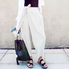 The Cool-Girl Trousers That Will Instantly Update Your Look via @WhoWhatWearAU