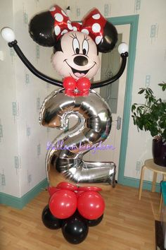Minnie mouse number balloon