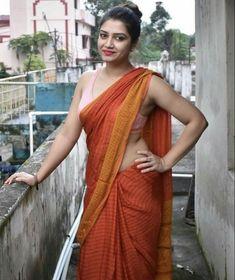 Beautiful Girl Indian, Beautiful Saree, Beautiful Indian Actress, South Indian Actress Hot, Indian Beauty Saree, Indian Models, Saree Styles, India Beauty, Indian Girls
