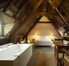 bedroom loft... I could live here.