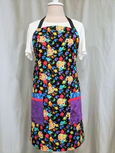 Your place to buy and sell all things handmade Teacher Apron, Cool Aprons, Gardening Apron, Cleaning Items, Black Neck, Bias Tape, Blue Fabric, Paint Brushes, Mother Day Gifts