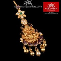 Shop traditional maang tikka online from Kameswari Jewellers in India. Choose from latest maang tikka and bridal jewellery collections. Gold Jewelry Simple, Stylish Jewelry, Luxury Jewelry, Fashion Jewelry, Simple Necklace, Unique Jewelry, Gold Jhumka Earrings, Gold Earrings Designs, Gold Jewellery Design