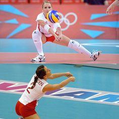 #volleyballplayer  #volleyballgame #volleyballislife #volleyball #volley #volleyballteam #voleybolheryerde #voleybol #volei #voleibol  #tvf #cev #fivb #spor #sport #sports #penivovoleybol #volleyballgirls #istanbul #ankara #izmir #antalya #bursa #eskisehir #aydin #mersin #eczacibasi #eczacibasivitra