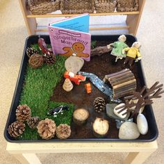 The Gingerbread Man small world scene using natural objects. Gingerbread Man Story, Gingerbread Man Activities, Nursery Activities, Literacy Activities, Preschool Themes, Toddler Activities, Traditional Tales, Traditional Stories, Pie Corbett