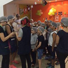 Hello Monday! Com muito aprendizado e bastante diversão a Atividade Extra de Maio da @influxsetoroeste já deixou saudades! Os Brownies ficaram uma delícia e deixaram gostinho de quero mais! Thanks for coming guys!  #teaminflux #goiania #setoroeste #influxsetoroeste #gyn #ingles #espanhol #eua #english #cinema #brownies #love #weareinflux #loveit #happy #magic #cooking #class by influxsetoroeste http://ift.tt/1qXMXQP