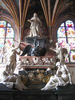 Kaplica Świętokrzyska na Wawelu – polichromia zamalowana na nowo,