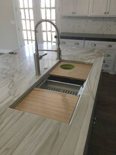 Exceptional Kitchen Remodeling Choosing a New Kitchen Sink Ideas. Marvelous Kitchen Remodeling Choosing a New Kitchen Sink Ideas. Cheap Kitchen, New Kitchen, Awesome Kitchen, Kitchen Ideas, Kitchen Small, Kitchen Modern, Kitchen Layout, Dirty Kitchen, Kitchen Corner