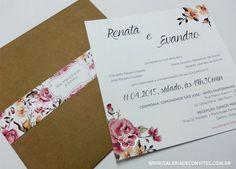 Convite de casamento vintage com envelope em kraft e faixa com estampa floral e nome dos convidados.