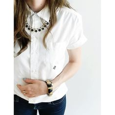 I like Instagrams and I like monograms, but I ❤️ instagrams of monograms! | Kids secret wash short-sleeve shirt in white poplin with diamond insignia monogram, skinny jeans, enamel floral gold hinged bangle, and black and white crystal necklace all from @jcrew  #howtojcrew #ootd #aotd