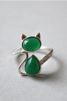 Green agate cat ring, sterling silver cat ring, zirconia cat ring, adjustable (JZ74)