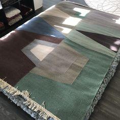 Kilim Rugs, Wool Rugs, Types Of Rugs, Carpet Design, Rug Making, Hand Weaving, Area Rugs, Designer Rugs, Pure Products