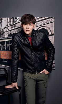 Ji Chang Wook gives Jung Woo Sung a run for his money because dressed in ADHOC's new F/W collection, the Empress Ki star is just as debonair as his veteran counterpart ; Asian Celebrities, Asian Actors, Korean Actors, Korean Dramas, Korean Star, Korean Men, Geum Jan Di, Ji Chang Wook Healer, Saranghae