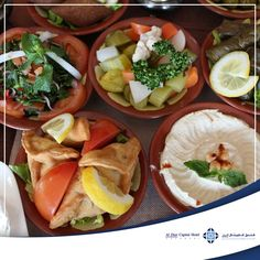 If you're in a mood for a good spicy fix, Al Diar Capital Hotel, Ramadan Iftar buffet at Panorama Restaurant is definitely one of the best one to visit.