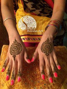 Unique henna design  Organic henna with a touch of tradition  Tradition designs  Indian style design  Toronto artist  Traveling artists for destination wedding  Quality Henna Art -  Mehndi artist in Toronto / GTA  Henna design for punjabi Shadi